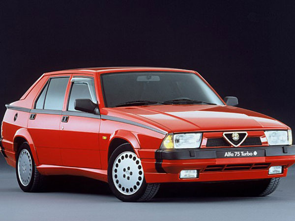 Photo alfa romeo 75 1987