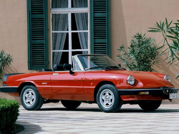 Photo ALFA ROMEO DUETTO