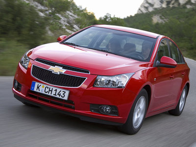 zoom sur la chevrolet cruze lectrique. Black Bedroom Furniture Sets. Home Design Ideas