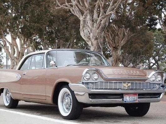 Photo CHRYSLER WINDSOR