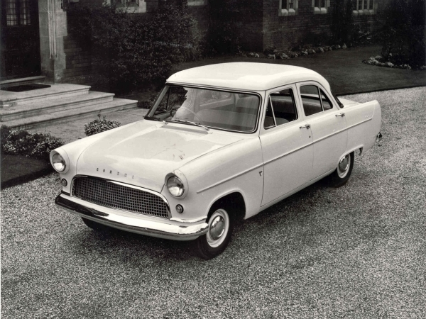 Photo FORD CONSUL