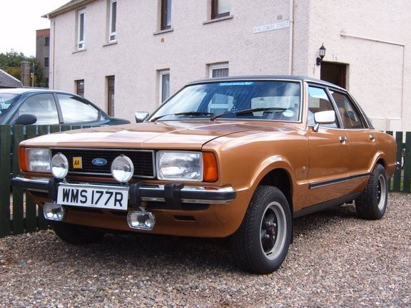 Photo FORD CORTINA