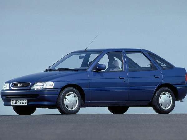 Photo ford escort 1992