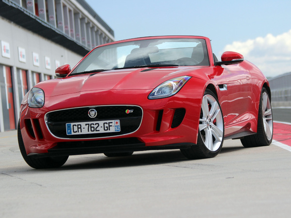 Photo jaguar f-type 2013