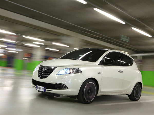 Photo lancia ypsilon 2005