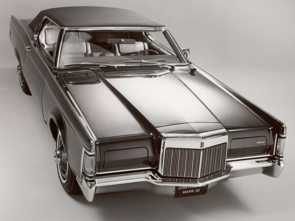 Photo LINCOLN CONTINENTAL