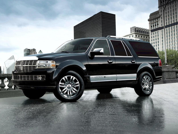 Photo LINCOLN NAVIGATOR