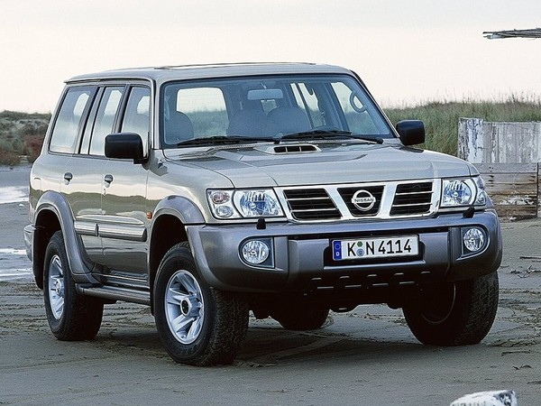 Photo nissan patrol 1995