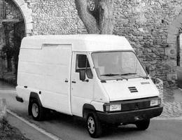 Renault B70