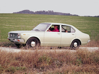 Photo TOYOTA CARINA