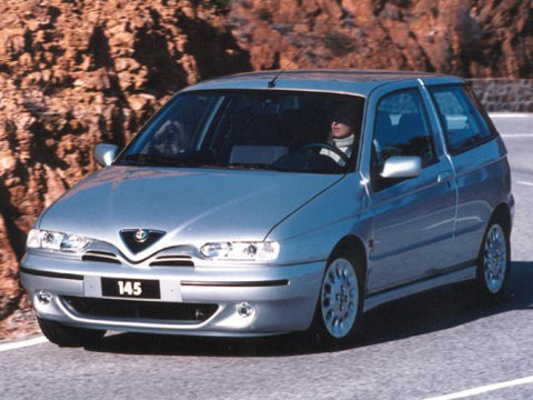 Photo alfa romeo 145 1999