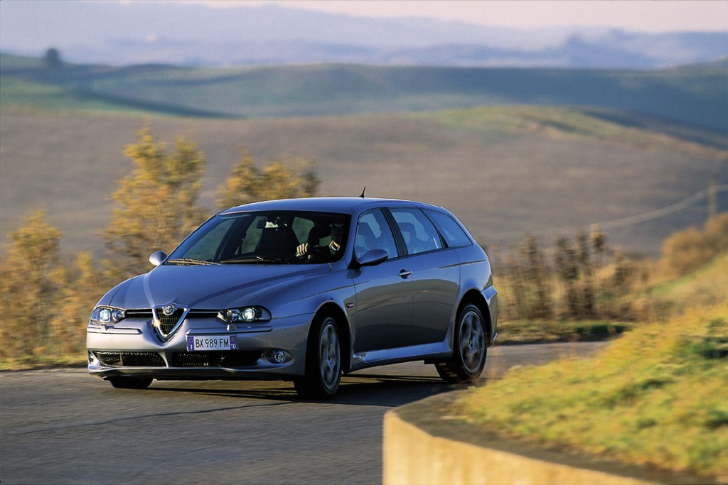 alfa romeo 156 sw gta essais fiabilit avis photos prix. Black Bedroom Furniture Sets. Home Design Ideas