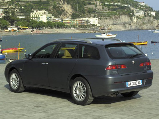 fiche technique alfa romeo 156 2 sportwagon 2 4 jtd m jet 175 ti 2005 la centrale. Black Bedroom Furniture Sets. Home Design Ideas