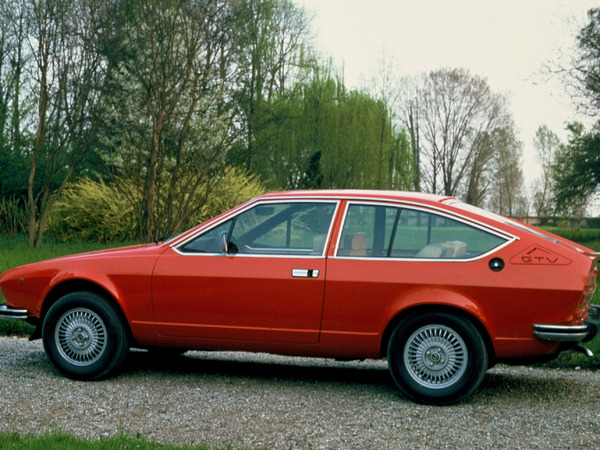 Photo alfa romeo alfetta 1978