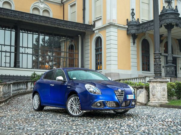 Photo alfa romeo giulietta 2019