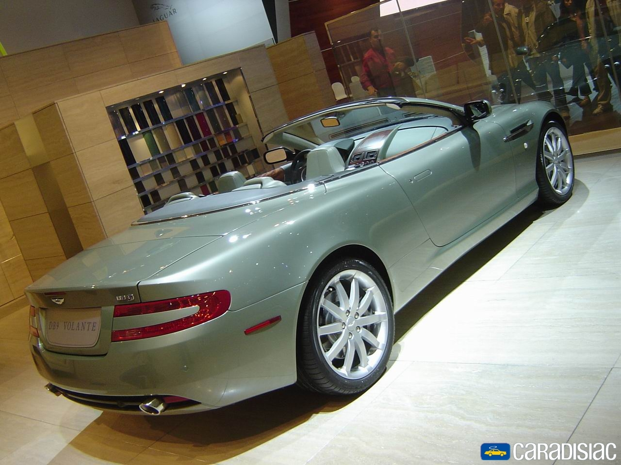 aston martin db9 volante essais fiabilit avis photos prix. Black Bedroom Furniture Sets. Home Design Ideas