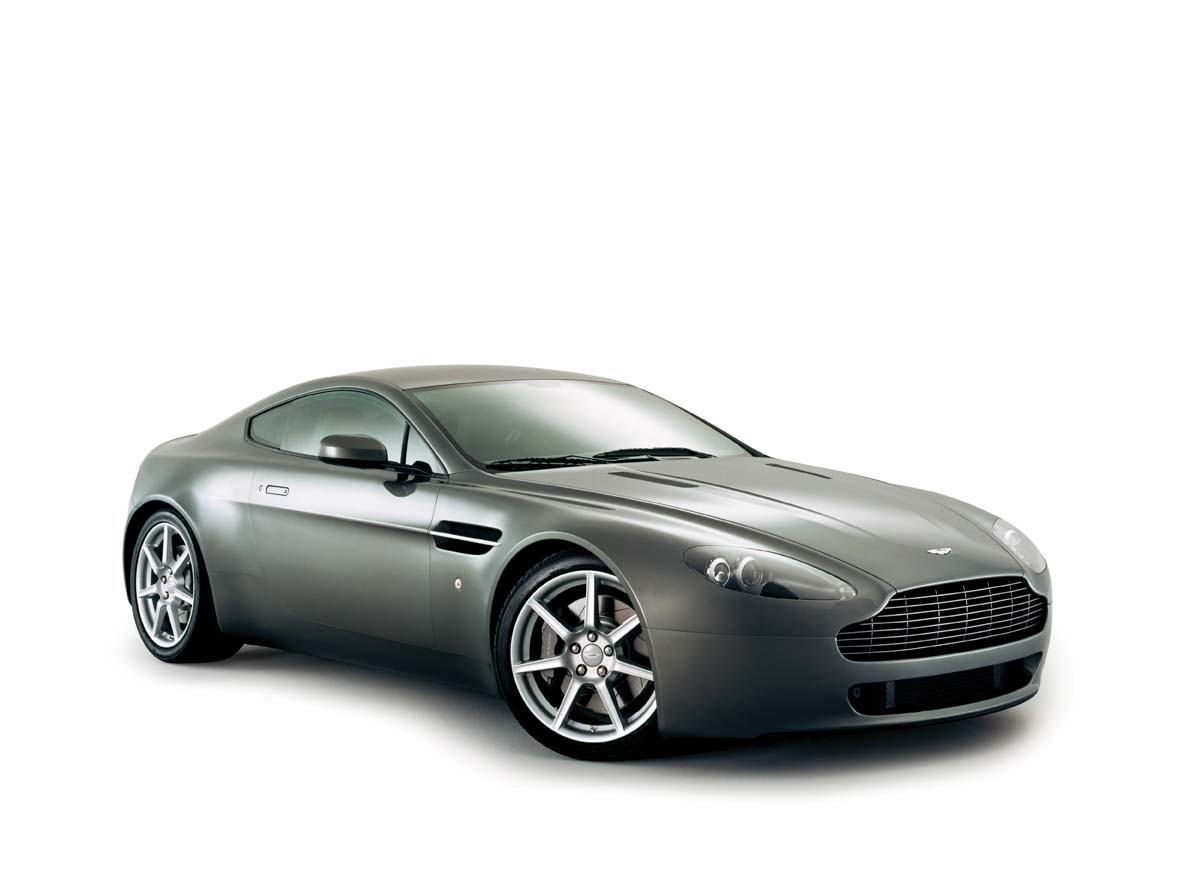 aston martin v8 vantage essais fiabilit avis photos. Black Bedroom Furniture Sets. Home Design Ideas