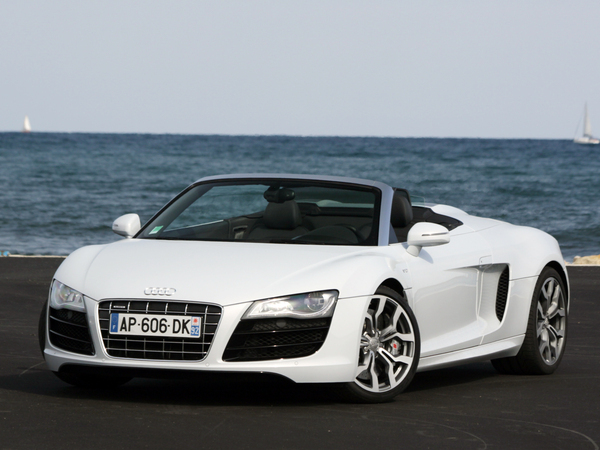 audi r8 spyder 5 2 fsi voitures de sport entre tuning et luxe. Black Bedroom Furniture Sets. Home Design Ideas