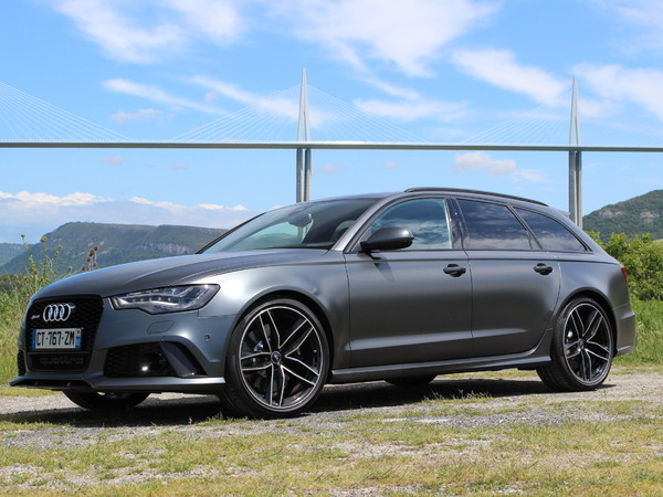 fiche technique audi rs6 iii avant 4 0 tfsi 560 quattro tiptronic 2014 la centrale. Black Bedroom Furniture Sets. Home Design Ideas