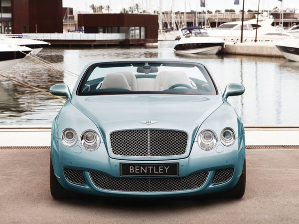 argus bentley continental 2010 gtc cabriolet continental. Black Bedroom Furniture Sets. Home Design Ideas