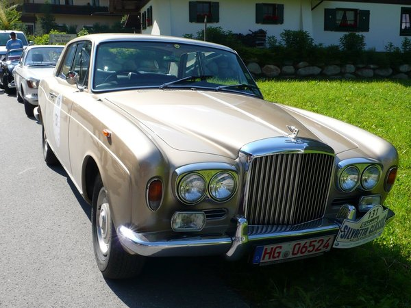 Photo BENTLEY CORNICHE