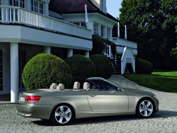 bmw serie 3 e93 cabriolet essais fiabilit avis photos prix. Black Bedroom Furniture Sets. Home Design Ideas