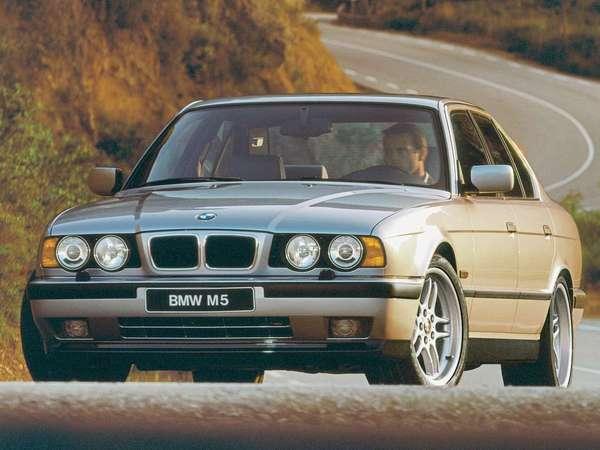 S7-modele--bmw-serie-5-e34-m5