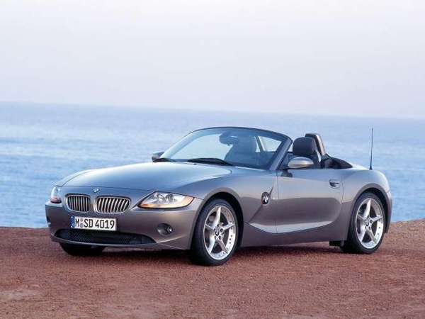 bmw z4 e85 essais fiabilit avis photos prix. Black Bedroom Furniture Sets. Home Design Ideas