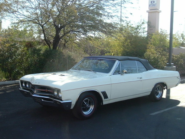 Photo BUICK GS 400