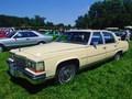 Avis Cadillac Brougham