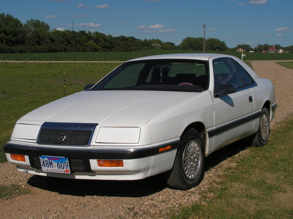 Photo chrysler lebaron 1995