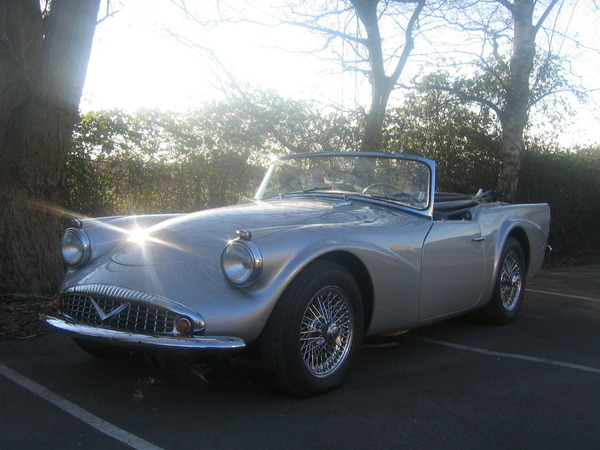 Photo DAIMLER SP 250