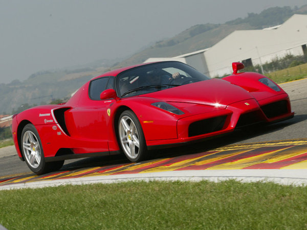 Photo FERRARI ENZO