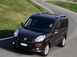 fiche technique fiat doblo 1 3 jtd multijet family 2005. Black Bedroom Furniture Sets. Home Design Ideas