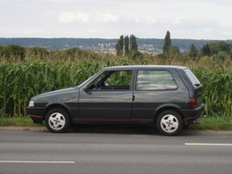 Fiat Uno 2 Turbo Ie