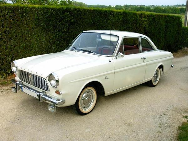 Photo FORD 12 M