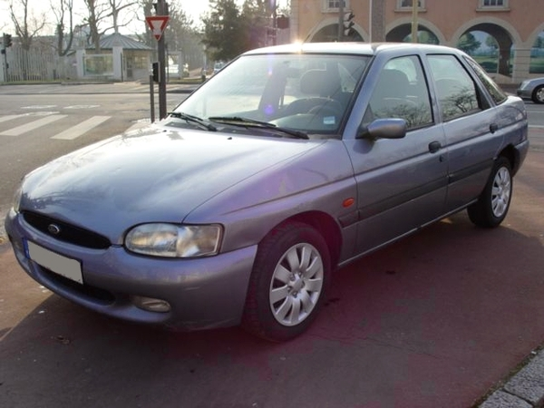 Photo ford escort 1998