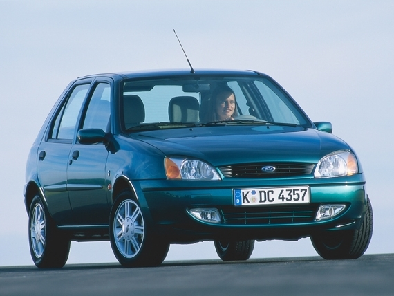 Photo ford fiesta 2000