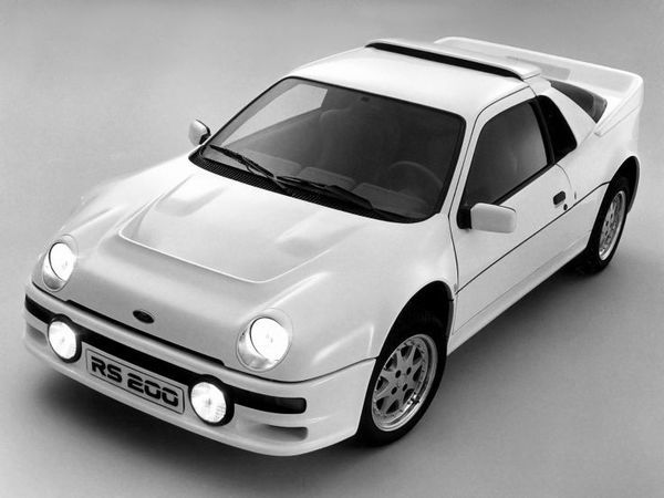 Photo FORD RS200
