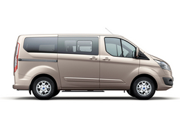 Ford Tourneo Custom 2