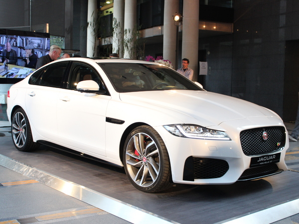 Photo jaguar xf 2016