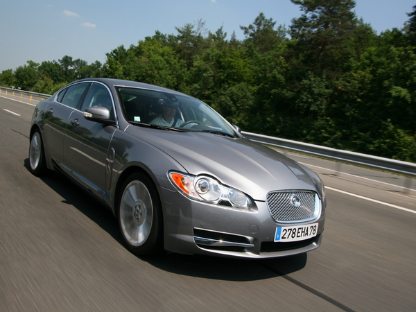 Photo jaguar xf 2010