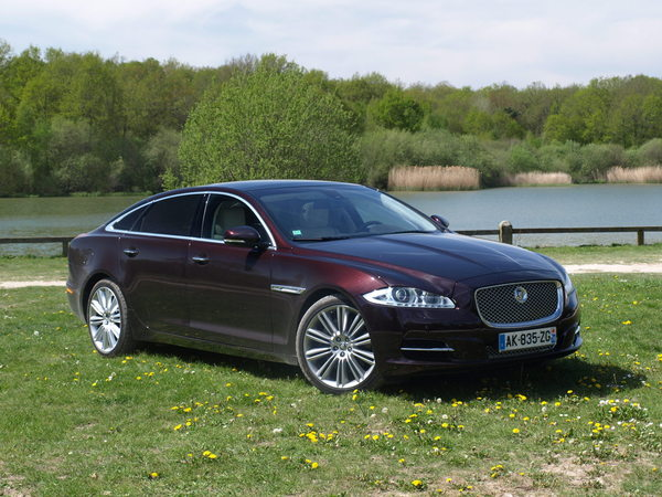 Photo jaguar xj 2017