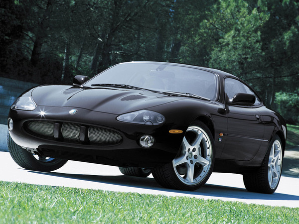 fiche technique jaguar xkr coupe 4 2 bva 2006 la centrale. Black Bedroom Furniture Sets. Home Design Ideas