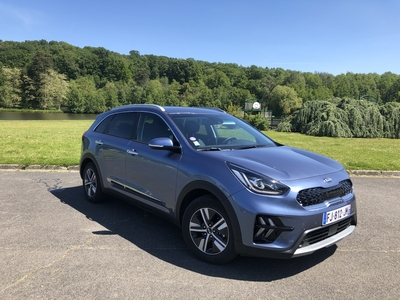 essai kia niro plug in le plus accessible des suv hybrides rechargeables du march. Black Bedroom Furniture Sets. Home Design Ideas