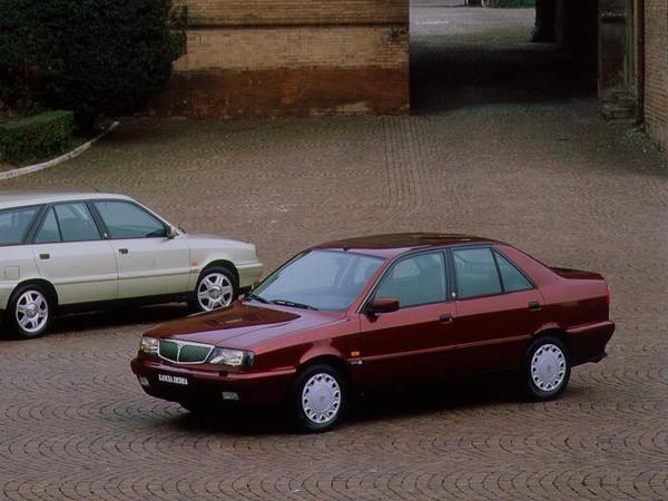 Photo lancia dedra 1992