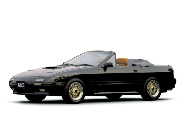 mazda rx 7 cabriolet 2e generation essais fiabilit avis photos vid os. Black Bedroom Furniture Sets. Home Design Ideas