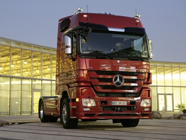 mercedes actros essais fiabilit avis photos prix. Black Bedroom Furniture Sets. Home Design Ideas