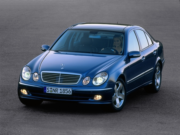 Photo mercedes classe e 2003