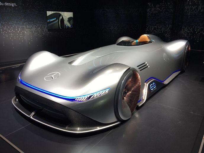 MercedesVision Eq Silver Arrow